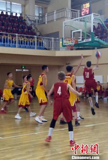 中俄青少年篮球训练营长春开营