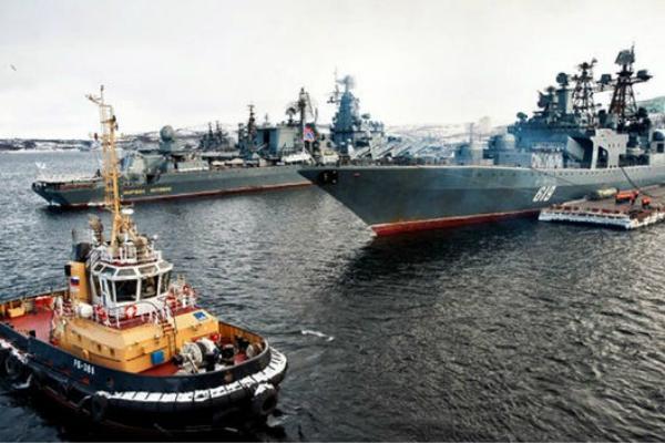 俄罗斯出动36艘军舰参加军演 大阵仗让英媒紧张