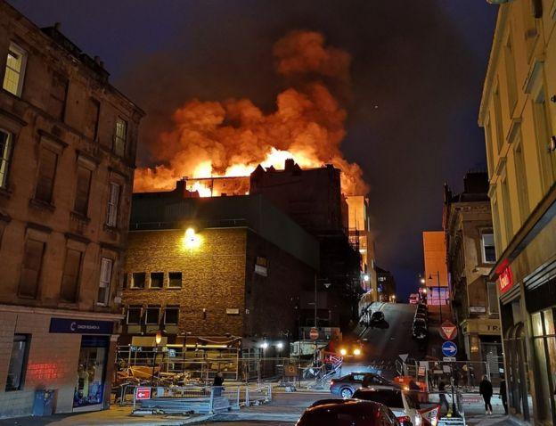 英国著名艺术学院发生大火 系4年来第2次