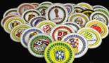 宁夏工匠手中世界杯:32支球队队徽做成金丝彩沙画
