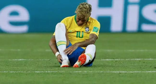 内马尔缺席训练!被瑞士连脏10次 下场出战成疑