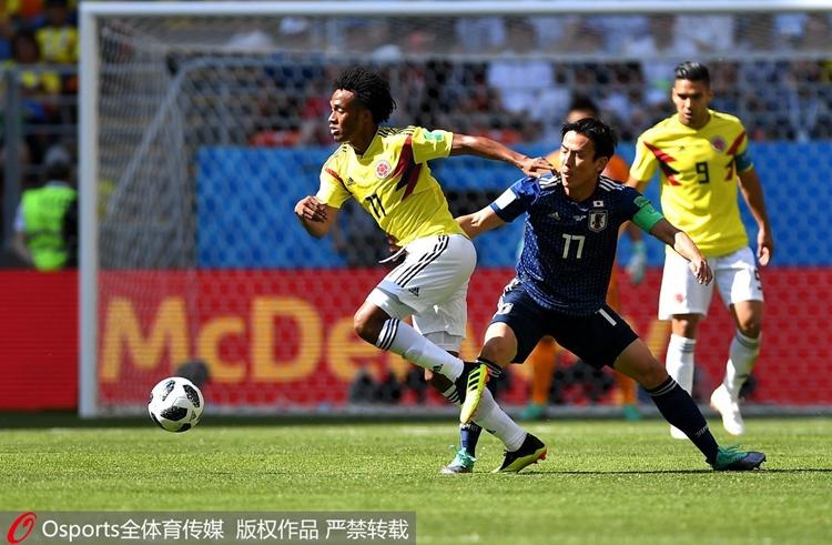 本届世界杯首张红牌!哥伦比亚10人应战1-2不敌日本