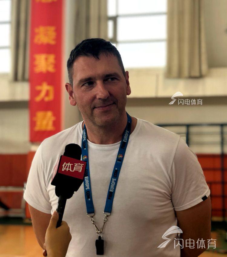 高速男篮夏训备战计划敲定 莫泰9月份返回济南