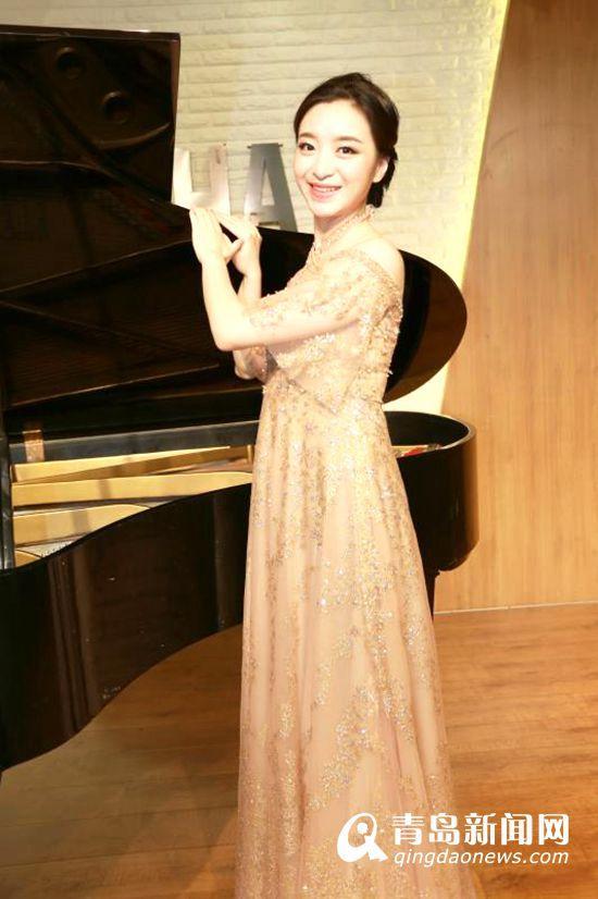 90后青岛女孩闯巴黎:用钢琴声叩开音乐殿堂之门