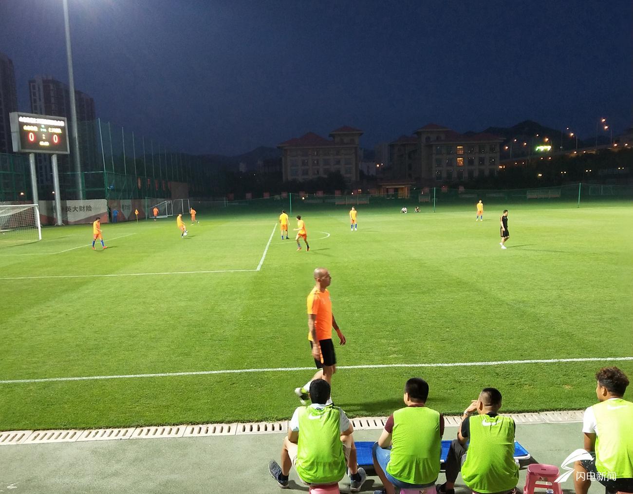 王彤首发塔神归来未登场 鲁能热身赛0-0仁川联