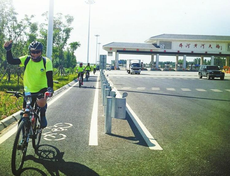 """跨黄大桥""""三问"""":融合发展顺民意,多样需求待平衡"""