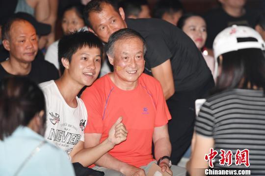 夏伯渝深圳讲述《我生命中的8848》