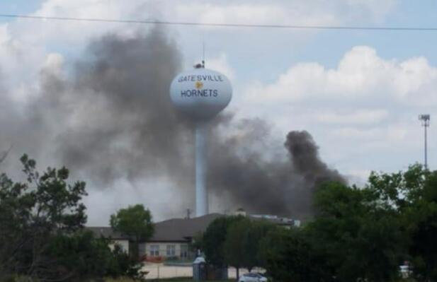 美国得州一医院发生爆炸并起火 已致1死12伤(图)