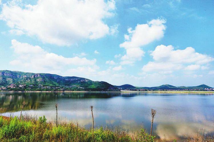 《济南市全面实行湖长制工作方案》出台 水库及湿地一并纳入湖长制实施范围