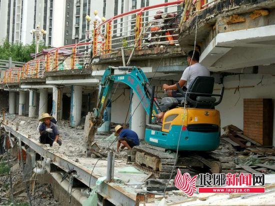 临沂涑河沿线拆违近尾声 预计本周拆除清运完毕