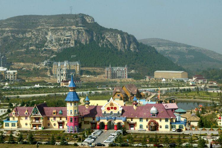 """济南""""迪士尼""""如今门可罗雀,计划将旅游片区重新打造"""
