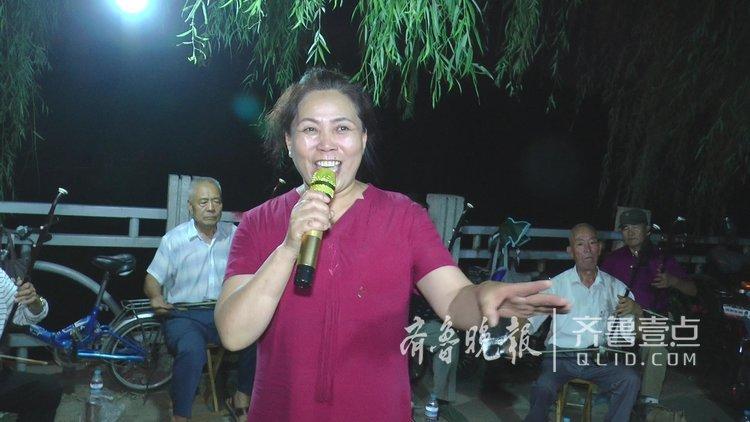 """""""南泥湾"""".""""我爱你中国""""等歌颂党歌颂祖国的经典主旋律轮番登场."""