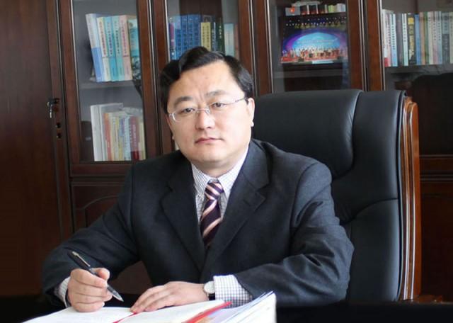 芝罘区委书记李波:打造现代产业新体系 提升城市功能形象