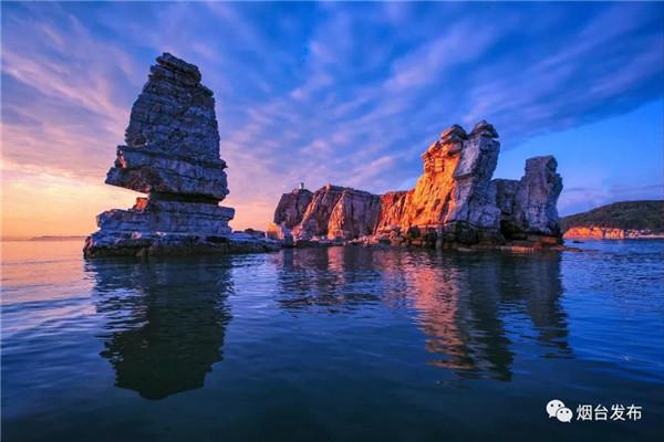 烟台拥有230个近海岛屿和7个天然海湾。