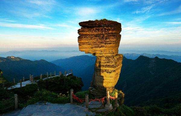梵净山申遗成功 我国世界自然遗产总数独居第一