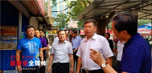 泰安:市领导继续检查卫生城市复审工作