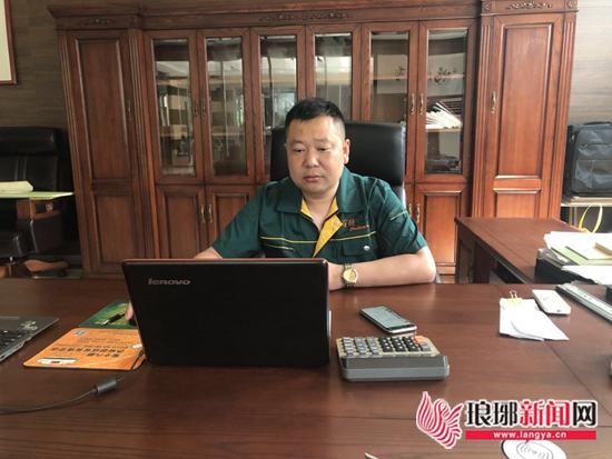 """7月份临沂好人揭晓 """"独臂侠""""江枫口勇救轻生女"""