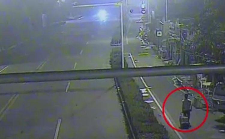 以为拔掉电源就没了监控? 上海警方当天成功擒贼