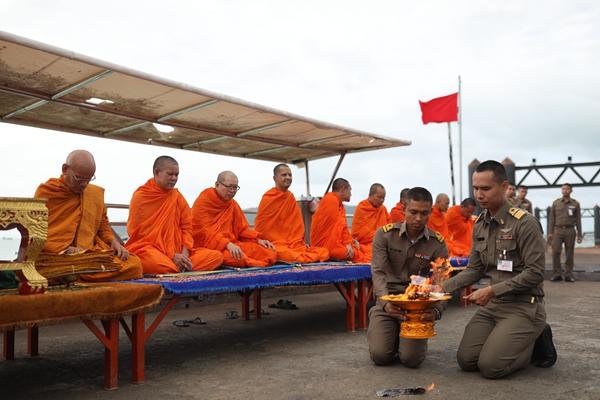 普吉岛沉船事故致47名中国游客遇难 中方再发赴泰旅游安全提醒