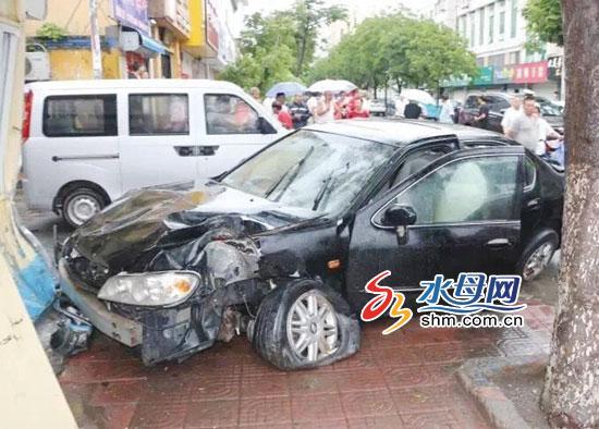 龙口酒驾司机撞伤行人后逃逸 还无证驾驶挪用号牌