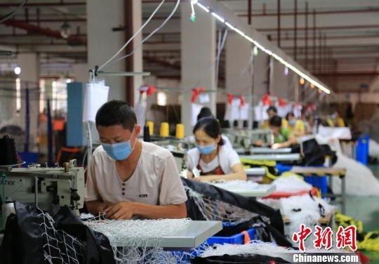 世界杯带动湖南沅江足球网具系列产品俏销国际市场