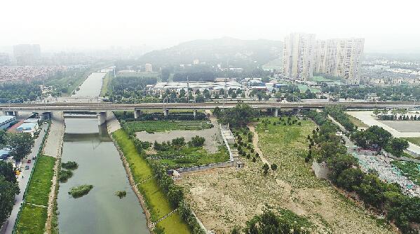 腊山水质净化厂计划年底前投用 景观带清淤也将进行