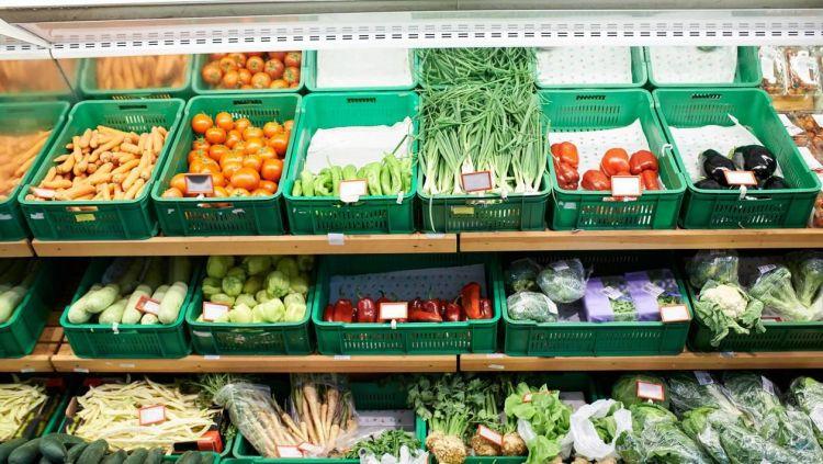 法国农民巴黎广场卖果蔬 抗议进口农产品低价竞争