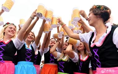 第28届青岛国际啤酒节开城 拉开38天狂欢序幕