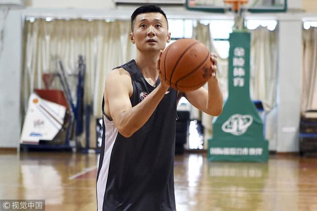 刘炜漂泊4年初心未变 盼将外面的经验带回球队