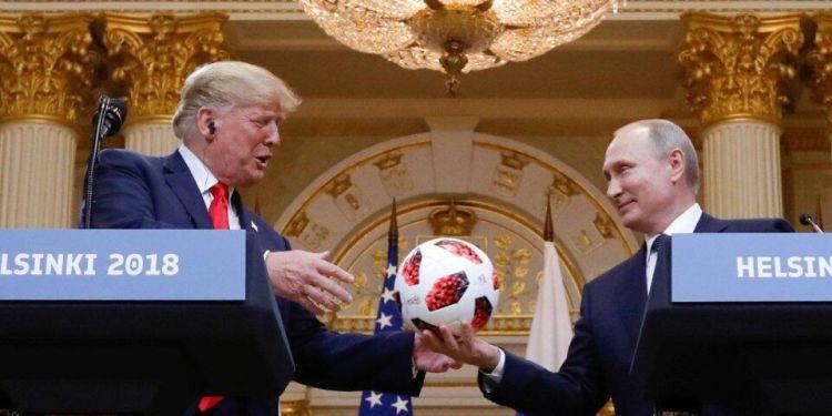 普京送的球被安检