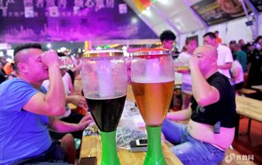 青岛啤酒节开启狂欢盛宴 点燃夏日激情