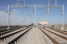 济青高铁通信设备正式开通 为下月列车试跑做好准备