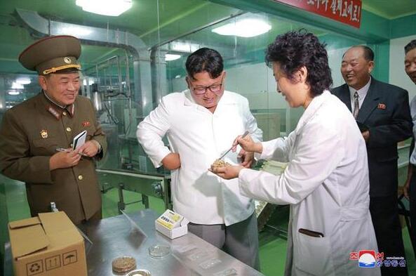 金正恩视察朝军方食品加工厂纳豆生产线 称纳豆好吃且健康