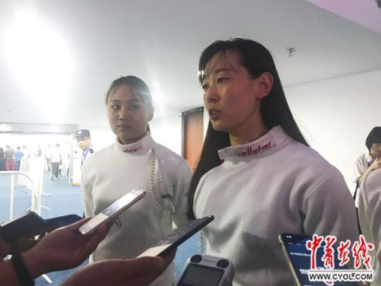击剑世锦赛 中国女重团体摘铜