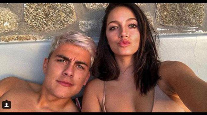 迪巴拉和新女友希腊度假,发布亲密合影