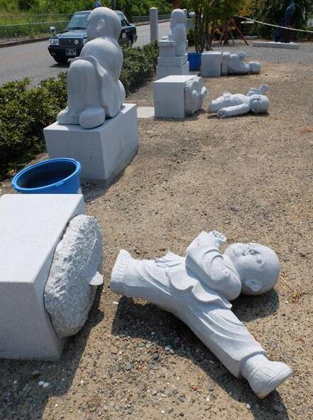 断头佛像被扔海边!日本大阪多处墓地及寺庙佛像遭破坏