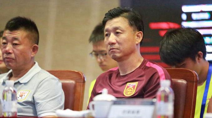 鲁能·潍坊杯发布会召开 国青主帅成耀东出席