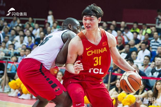 2018国际男篮锦标赛昆山站:男篮红队73-47安哥拉 王哲林20分