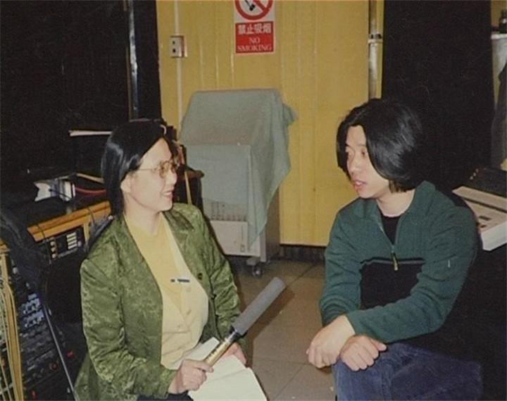 25、音乐制作人歌唱家:郭峰