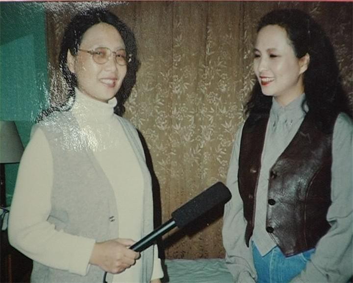 48、著名演员:李玲