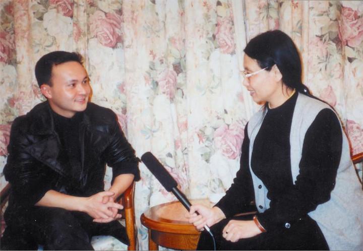 53著名化妆师毛戈平