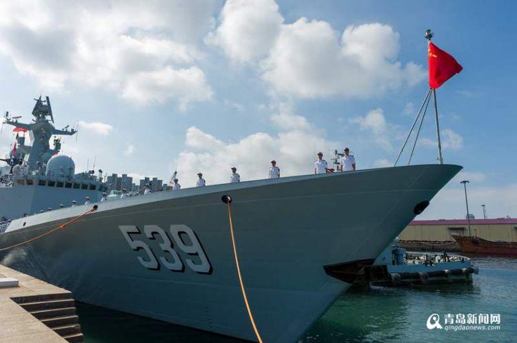 第三十批护航编队从青岛起航 赴亚丁湾执行护航任务