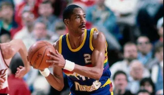 省篮管中心举办NBA名人堂球员山东行活动