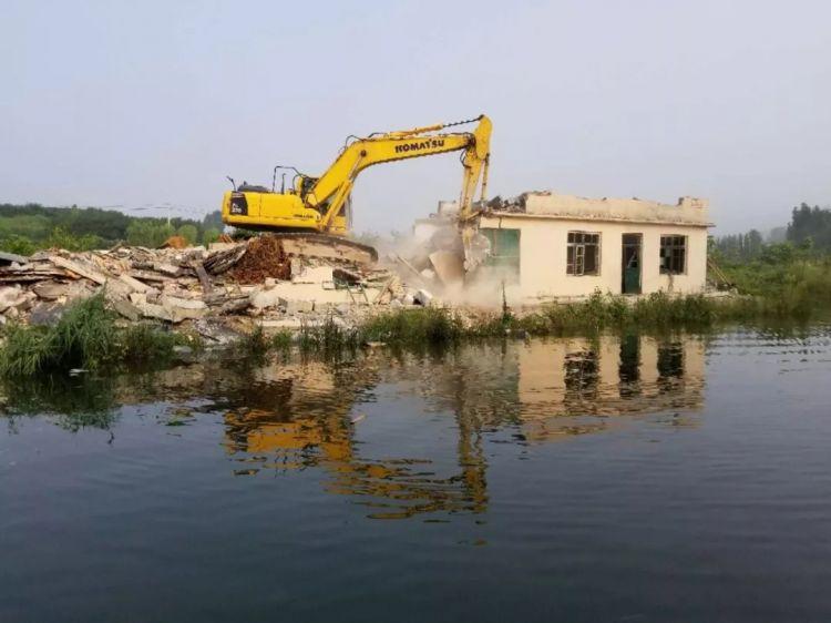 为保护水源地,济南卧虎山水库拆除8000平违建!