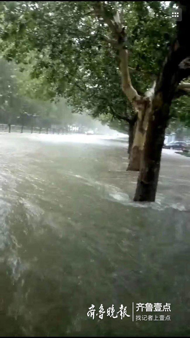 台风带来罕见大暴雨 青州仰天山降水量261毫米