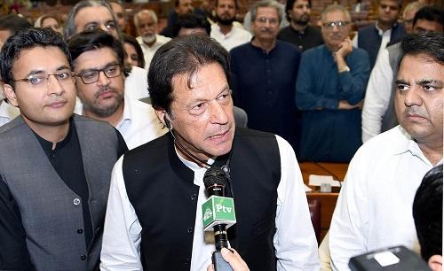"""巴新总理承诺建设""""新巴基斯坦"""" 美媒:问题棘手 挑战不少"""