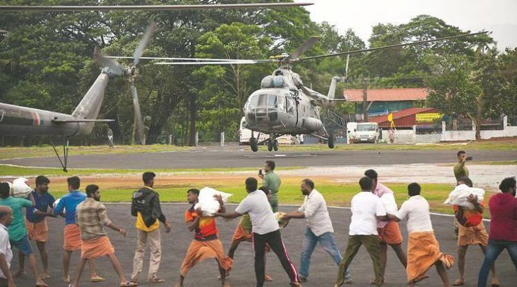 印度喀拉拉邦洪灾救援工作开始 部分居民拒绝撤离