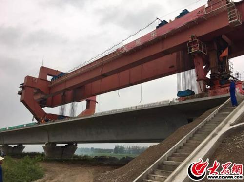 鲁南高铁临沂至曲阜段1256孔箱梁架设完成
