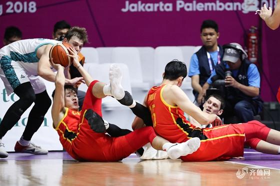 周琦9分,中国男篮胜哈萨克小组头名进亚运8强