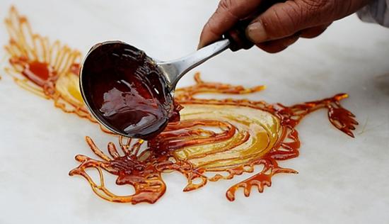 济宁:甜甜蜜蜜的糖画艺术